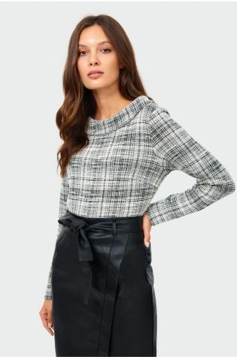 Elegancka dzianinowa bluzka w kratę
