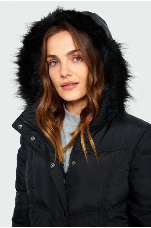 Ciepły pikowany płaszcz