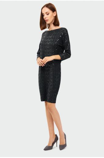 Sukienka o luźnym kroju z cekinami