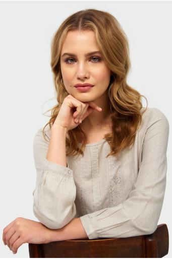 Wiskozowa bluzka z haftem