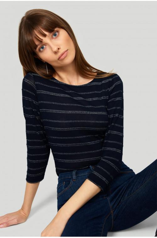Żakarowy sweter z połyskującą nitką