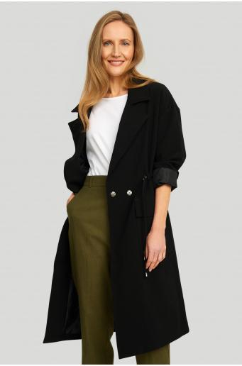 Nowoczesny płaszcz o luźnym kroju