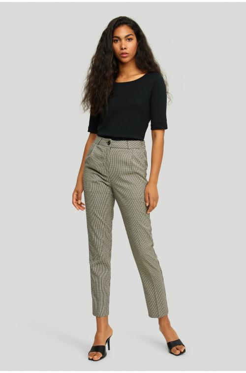 Eleganckie, klasyczne spodnie w kratę