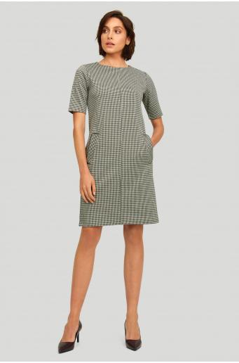 Luźna dzianinowa sukienka w kratkę