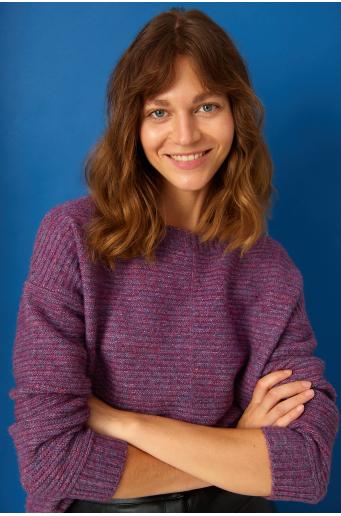 Sweter o luźnym kroju z dzianiny strukturalnej