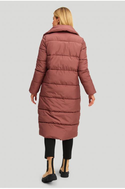 Długi pikowany płaszcz ze stójką i asymetrycznym zapięciem, wypełnienie z materiałów ekologicznych