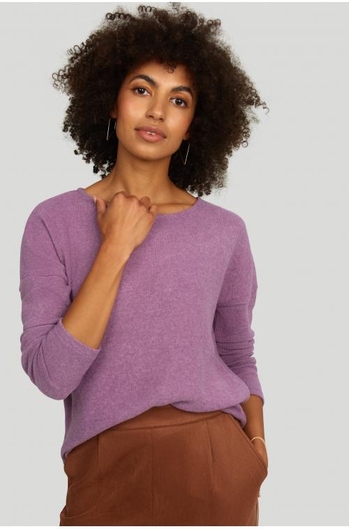 Sweter o luźym kroju, z miękkiej dzianiny