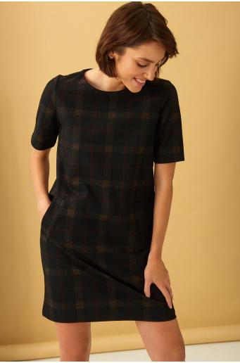 Dzianinowa sukienka w kratę