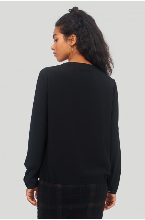 Wiskozowa bluzka z marszeniami pod karczkiem