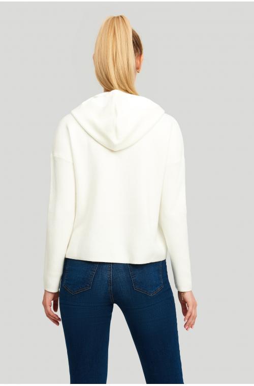 Sweter z miękkiej dzianiny z kapturem