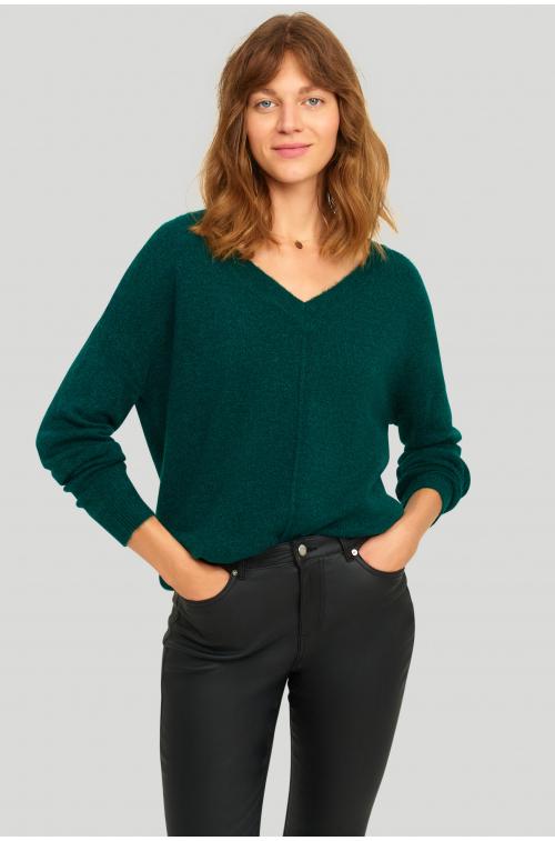 Sweter o luźnym kroju, z odzobnym przeszyciem