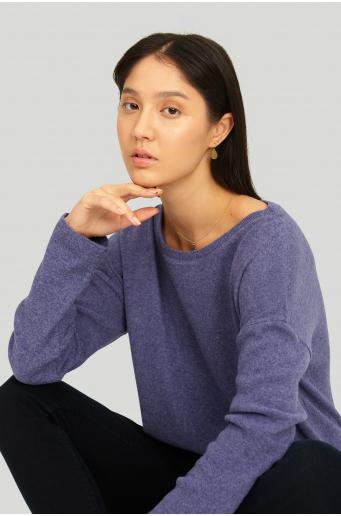 Sweter z miękkiej dziany z troczkiem