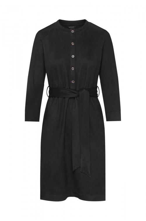 Luźna sukienka z odcięciem w talii