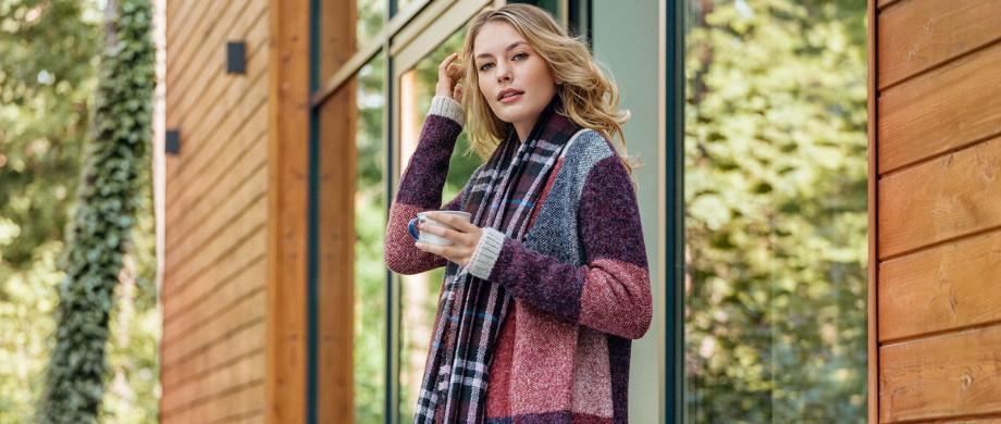Przegląd swetrów na chłodne jesienno-zimowe dni